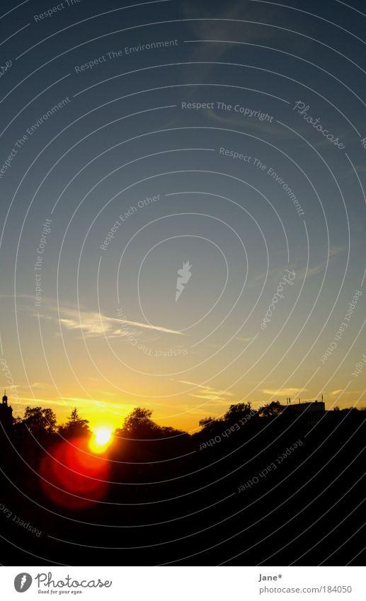 bestätigt am 15. Januar 2008 Farbfoto Außenaufnahme Textfreiraum oben Abend Dämmerung Kontrast Lichterscheinung Sonnenlicht Sonnenaufgang Sonnenuntergang Natur
