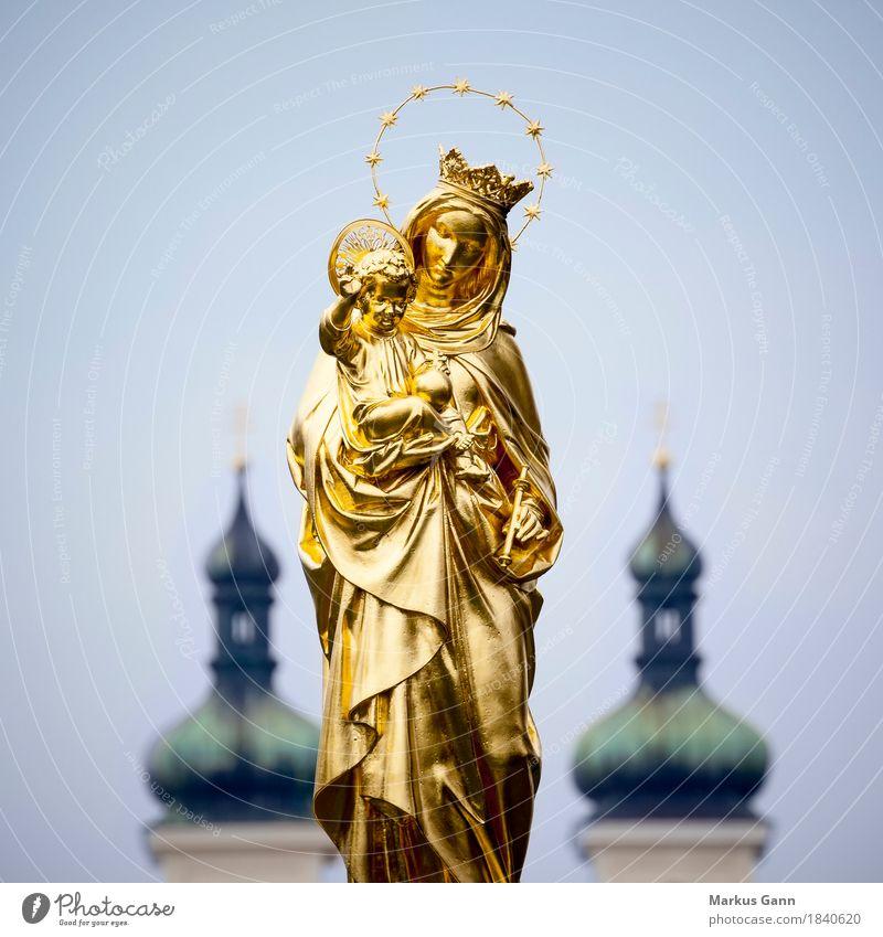 Maria Statue Tutzing Skulptur gold golden Jesus Christus Symbole & Metaphern Religion & Glaube Kirche Himmel Außenaufnahme Farbfoto Menschenleer