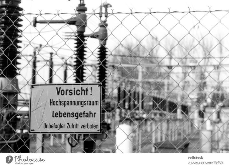 vorsicht Verbote gefährlich Elektrisches Gerät Technik & Technologie Umspannwerk Vorsicht Schilder & Markierungen bedrohlich Elektrizität
