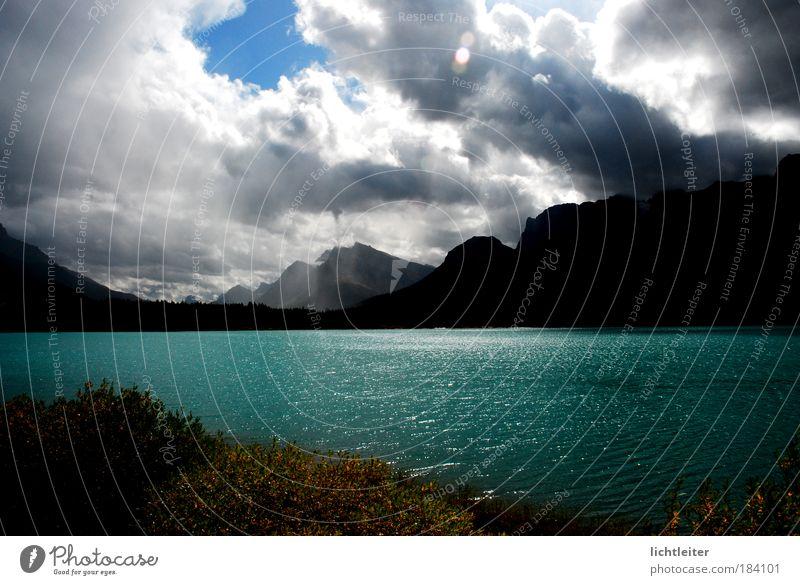 Herbstsonne Wasser Wolken Berge u. Gebirge Landschaft authentisch einzigartig Seeufer