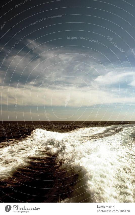 abrauschen Himmel Wasser Meer Sommer Ferien & Urlaub & Reisen Wolken Ferne Freiheit Bewegung Wege & Pfade Stimmung Wellen Ausflug Tourismus Schifffahrt Abschied