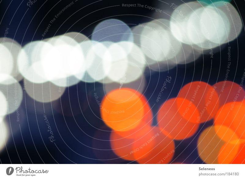 Lichtwürmer rot Farbe Straße Bewegung Wege & Pfade hell Kunst Verkehr Technik & Technologie Licht Unschärfe Fernseher leuchten Medien Autobahn Konzert