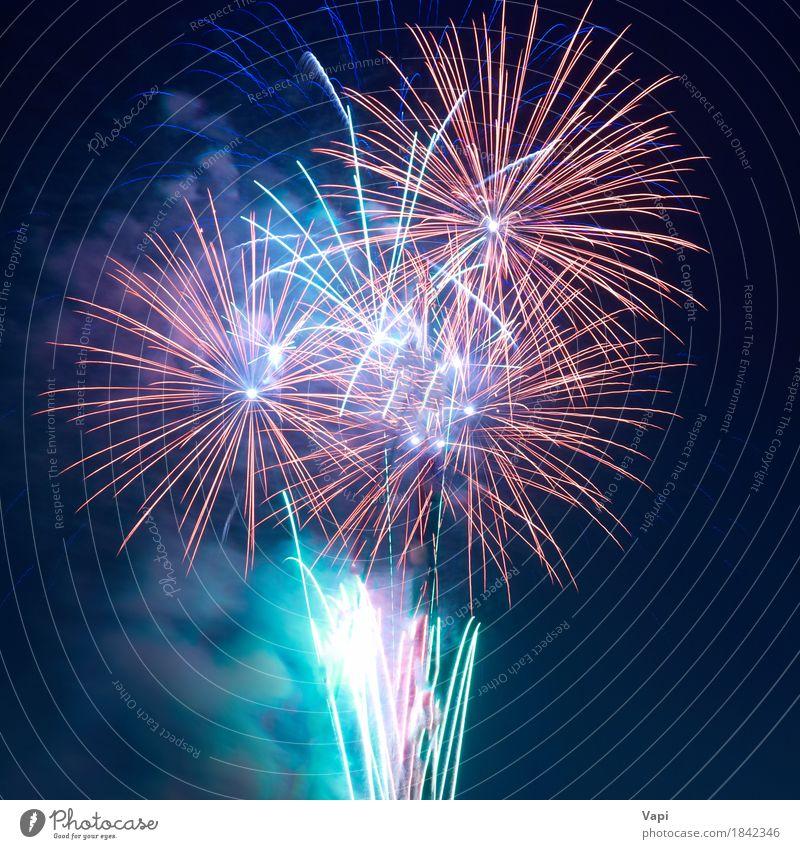 Buntes Feuerwerk Freude Freiheit Nachtleben Entertainment Party Feste & Feiern Weihnachten & Advent Silvester u. Neujahr Himmel dunkel hell neu blau gelb grün