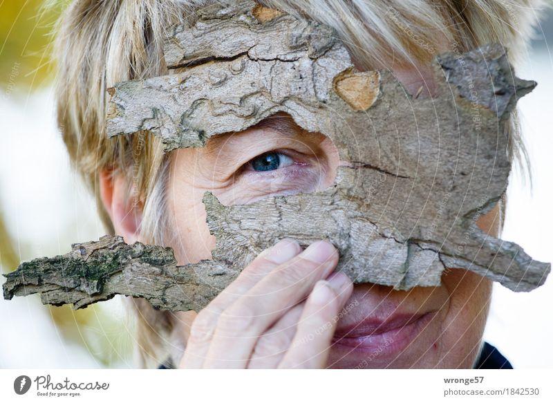 Augen - Blick Mensch Frau grün weiß Hand Erwachsene feminin grau Kopf rosa blond 45-60 Jahre Finger Freundlichkeit Weiblicher Senior
