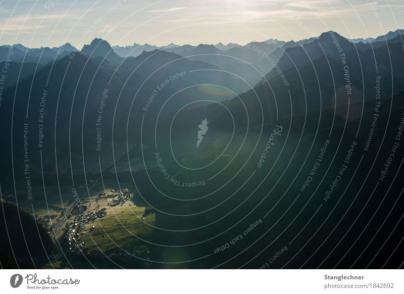 Sonnenplatz Natur Landschaft Herbst Eis Frost Felsen Alpen Berge u. Gebirge Kanisfluh Gipfel leuchten wandern Häusliches Leben ästhetisch kalt Wärme Abenteuer