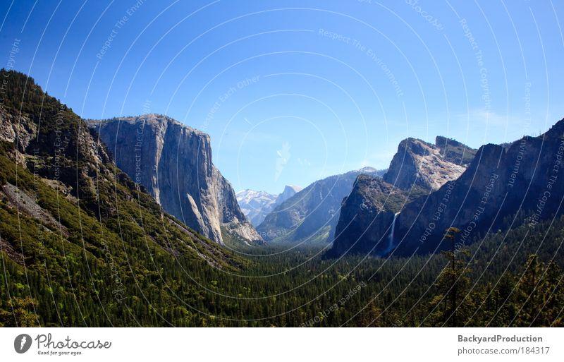 Natur grün blau Ferien & Urlaub & Reisen Einsamkeit Wiese Berge u. Gebirge Landschaft hell wild Fluss USA Hügel Idylle Gipfel Schönes Wetter
