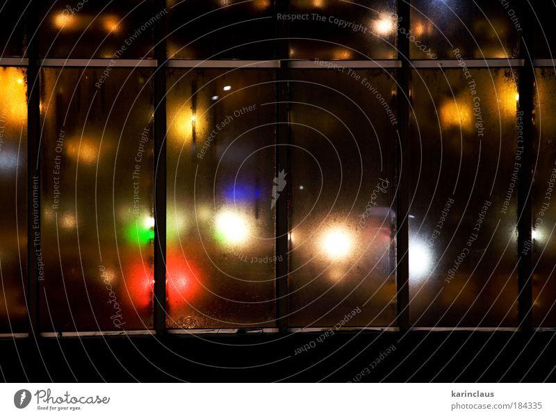 alt blau grün rot Farbe gelb Fenster Traurigkeit Metall Stimmung Lampe hell Glas dreckig trist Ampel