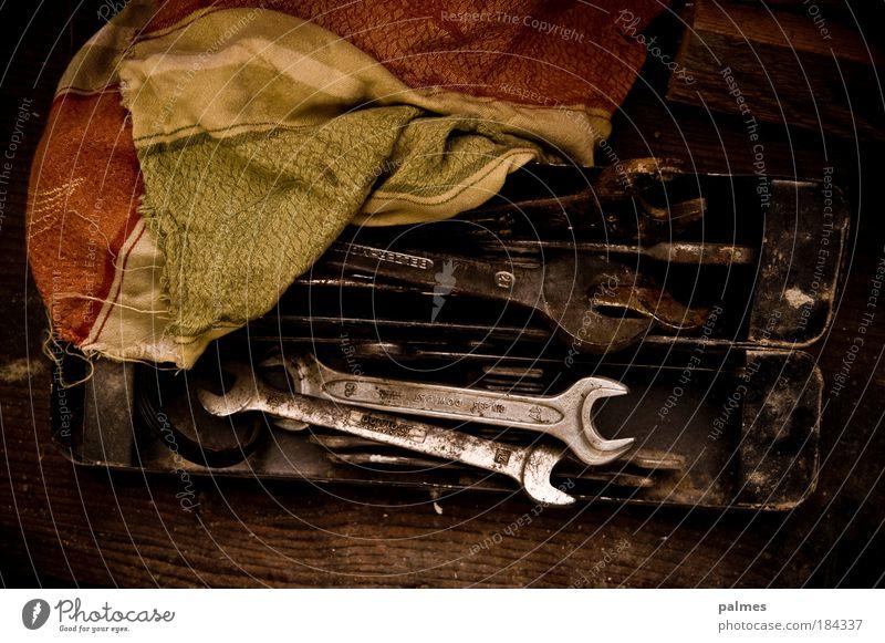toolset Farbfoto Gedeckte Farben Menschenleer Werkzeug Technik & Technologie Wissenschaften Fortschritt Zukunft High-Tech Metall Idee Inspiration unordentlich