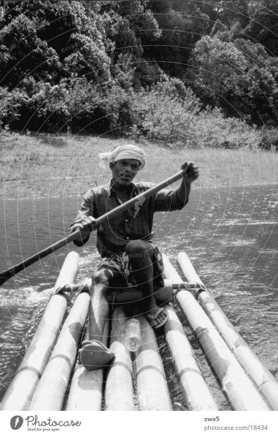 floss Schifffahrt flossfahrt im periyar-wildpark/indien