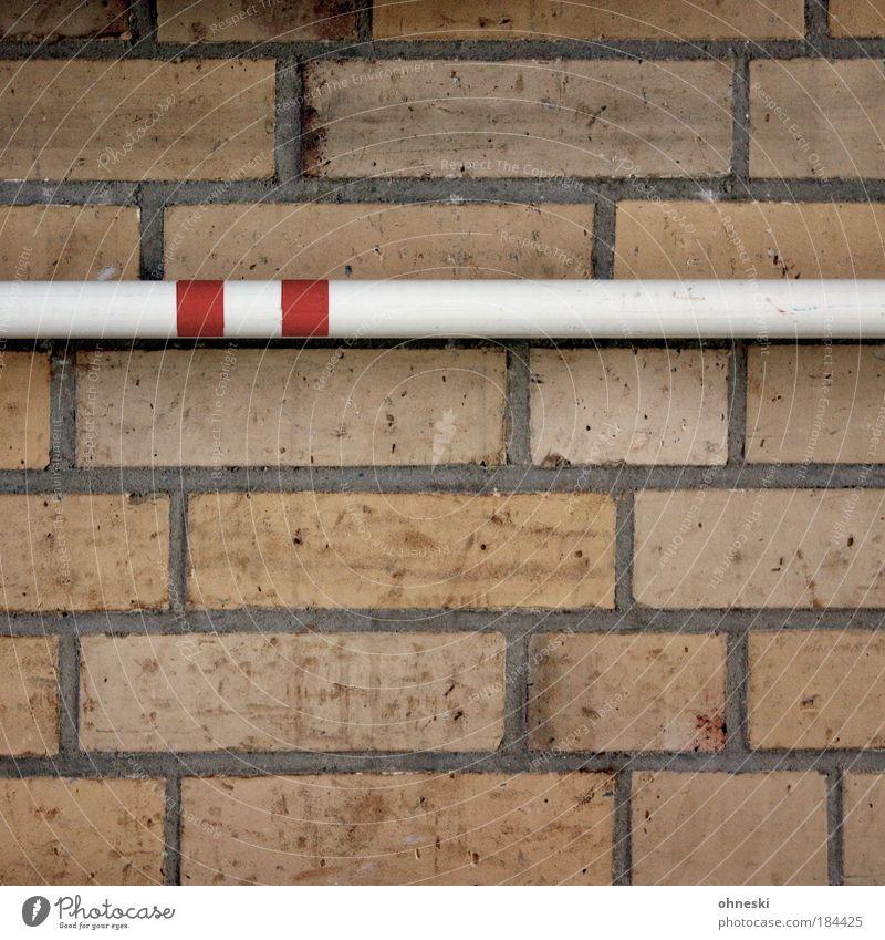Höher weiß rot Wand Architektur Stein Gebäude Mauer Bauwerk Backstein Fuge Stab Leichtathletik Hochsprung