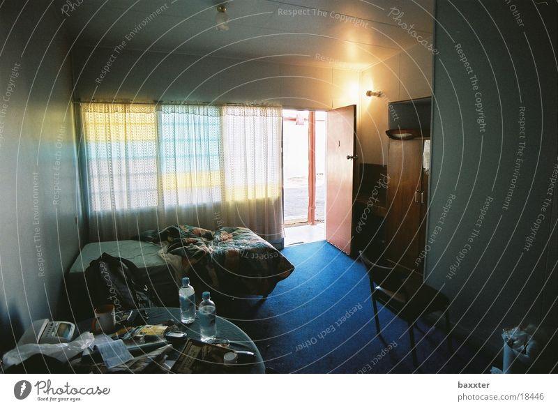 Geister im Motel Sonne Raum Tür Verkehr Geister u. Gespenster