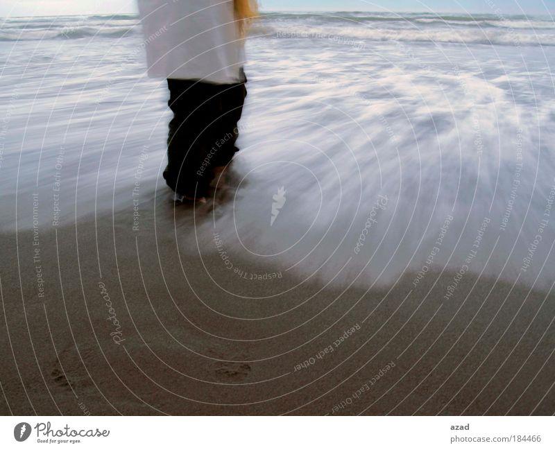 Wasser Strand Ferien & Urlaub & Reisen Bewegung Denken Wind Lifestyle Insel stehen fallen Reinigen fangen frieren schaukeln Spielen Handarbeit