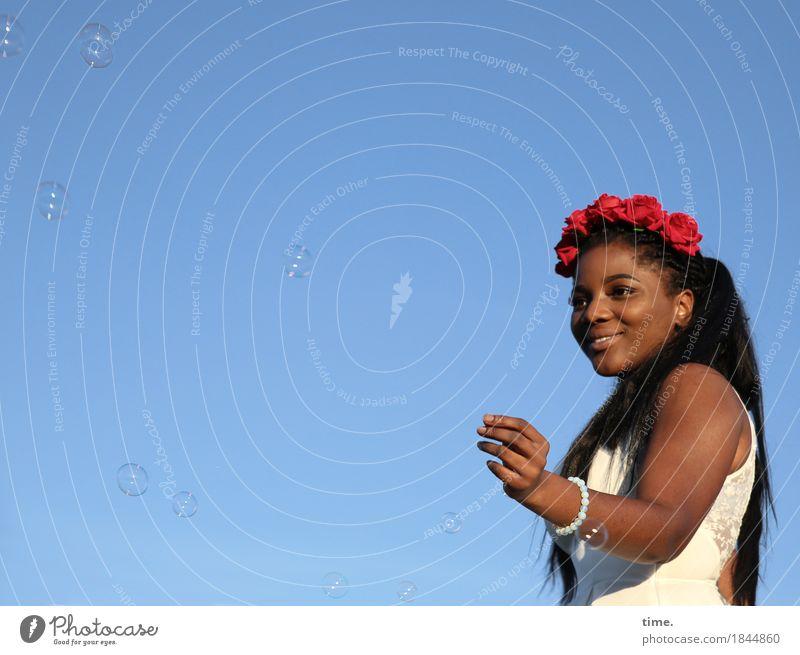 . Mensch Mann schön ruhig Erwachsene Leben feminin lachen Glück Zeit Zufriedenheit Fröhlichkeit Lächeln Lebensfreude Schönes Wetter Freundlichkeit