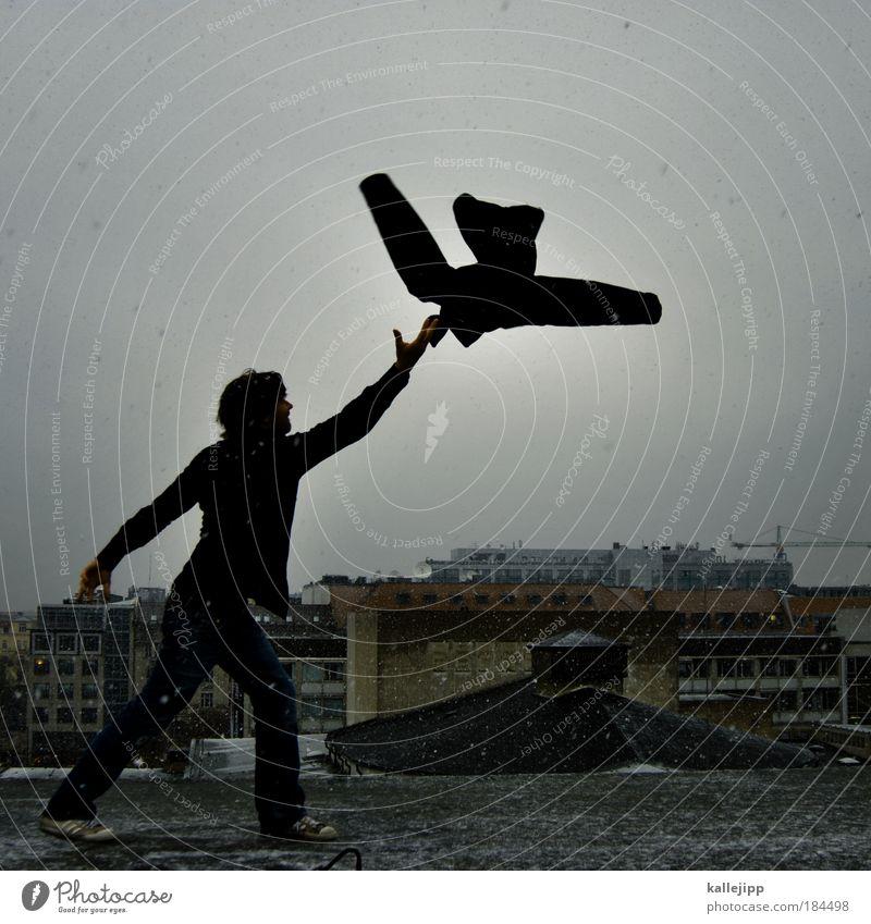 vogelscheuche Mensch Mann Stadt Winter Haus Erwachsene Leben Schneefall Vogel Kunst Tanzen Regen Nebel elegant maskulin Luftverkehr