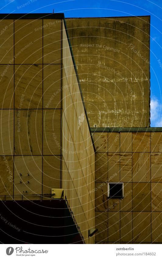 Komisch Haus Gebäude Beton Baustelle Bauwerk November schwer Granit massiv Sandstein Quader