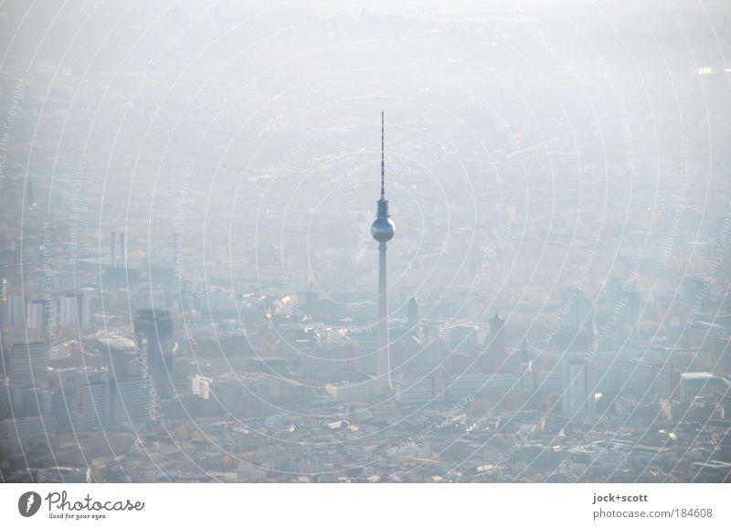 über Berlin, Dunst und Durchblick Nebel Berlin-Mitte Hauptstadt Stadtzentrum Sehenswürdigkeit Wahrzeichen Berliner Fernsehturm Stimmung Luftaufnahme