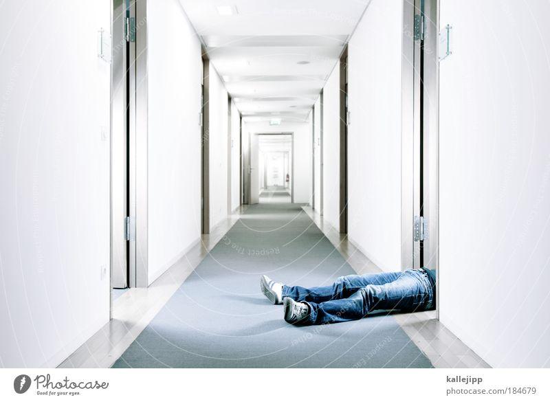 off-ice Mensch Mann Leben kalt Arbeit & Erwerbstätigkeit Tod Stil Büro Kriminalität Beine Fuß Business Erwachsene Kapitalwirtschaft Erfolg schlafen