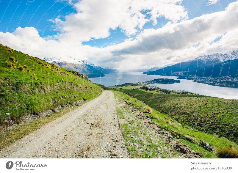 Die Straße führt nach Hause Natur Ferien & Urlaub & Reisen Landschaft Erholung Wolken Freude Ferne Berge u. Gebirge Leben Lifestyle Gefühle Freiheit Ausflug