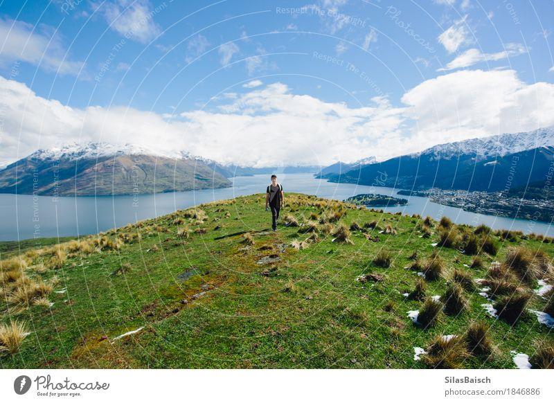 Queenstown und Lake Wakatipu Mensch Natur Ferien & Urlaub & Reisen Jugendliche Pflanze Junger Mann Landschaft Wolken Freude Ferne 18-30 Jahre Berge u. Gebirge