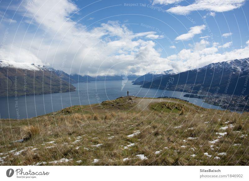 Lake Wakatipu in Neuseeland Natur Ferien & Urlaub & Reisen Jugendliche Junger Mann Landschaft Wolken Freude Ferne 18-30 Jahre Berge u. Gebirge Erwachsene Glück