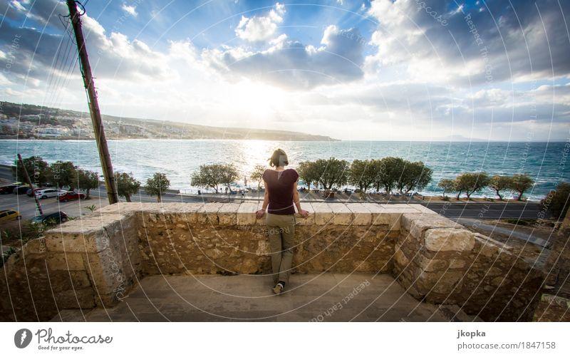 Young woman enjoys the view on the island of creta, greece. Stil Gesundheit Erholung Ferien & Urlaub & Reisen Tourismus Ferne Sightseeing Sommer Sonne Meer