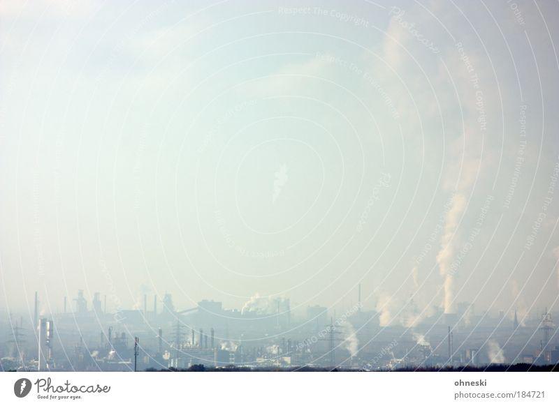 Kohle unter unser´n Füßen... Gedeckte Farben Außenaufnahme Menschenleer Textfreiraum oben Tag Industrie Umwelt Natur Klima Klimawandel Skyline Industrieanlage