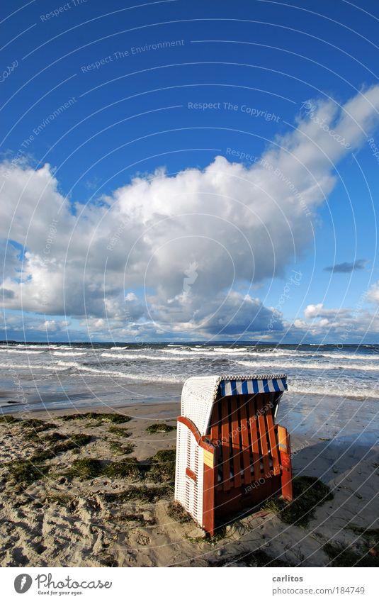 Wir müssen draußen warten Himmel Meer blau Strand Ferien & Urlaub & Reisen ruhig Wolken Erholung Herbst Sand Wellen Küste Umwelt Ausflug geschlossen Insel