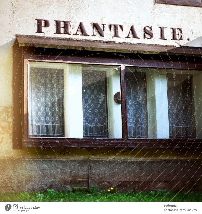 Phantasie ruhig Haus Einsamkeit Leben Fenster träumen Zeit Detailaufnahme ästhetisch Zukunft Kommunizieren Perspektive Schriftzeichen Wandel & Veränderung Dekoration & Verzierung Bildung