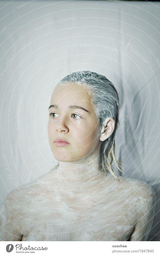 white IV Frau Kind Jugendliche Junge Frau Mädchen Gesicht Auge Haare & Frisuren Mund Nase Wellness Kosmetik Augenbraue Schönheitssalon