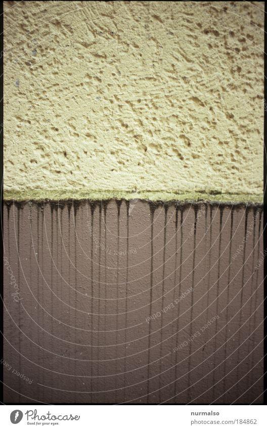 Teilungsverhältnis, verwaschen Haus dunkel Umwelt Wand Architektur Lifestyle Mauer Kunst Stimmung Fassade Regen Ecke Zeichen Schulgebäude Bauwerk Hütte
