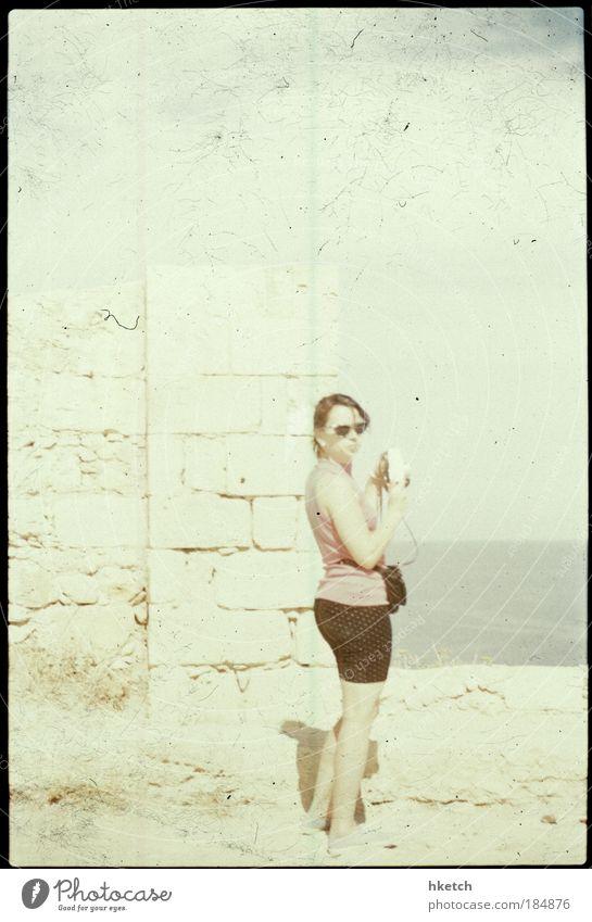 Dreams are my Reality Mensch Jugendliche Sommer Frau träumen Erwachsene Romantik Sehnsucht Verliebtheit Sommerurlaub Junge Frau Ganzkörperaufnahme 18-30 Jahre