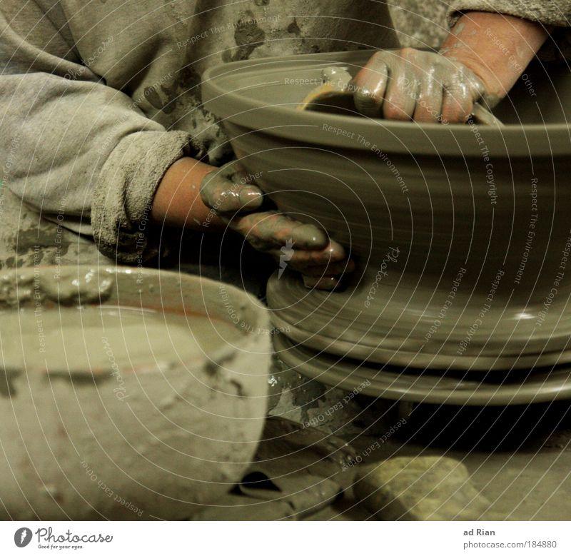 Turnaround Hand Stein Sand Kraft Kunst Arme Erfolg Baustelle Konzentration Backstein Handwerk Beruf Unternehmen Skulptur bauen Nostalgie