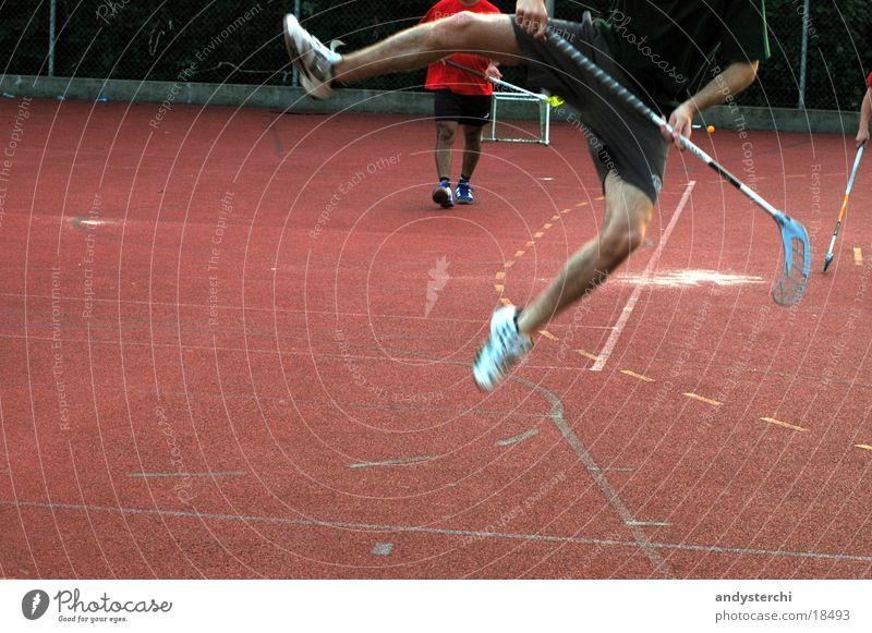 Jump! Sport springen Beine Luft Sportplatz