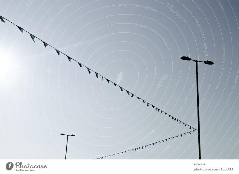 generic pc foto Himmel Sonne blau grau Feste & Feiern Technik & Technologie Fahne Dekoration & Verzierung Schnur Laterne deutlich verbinden Laternenpfahl
