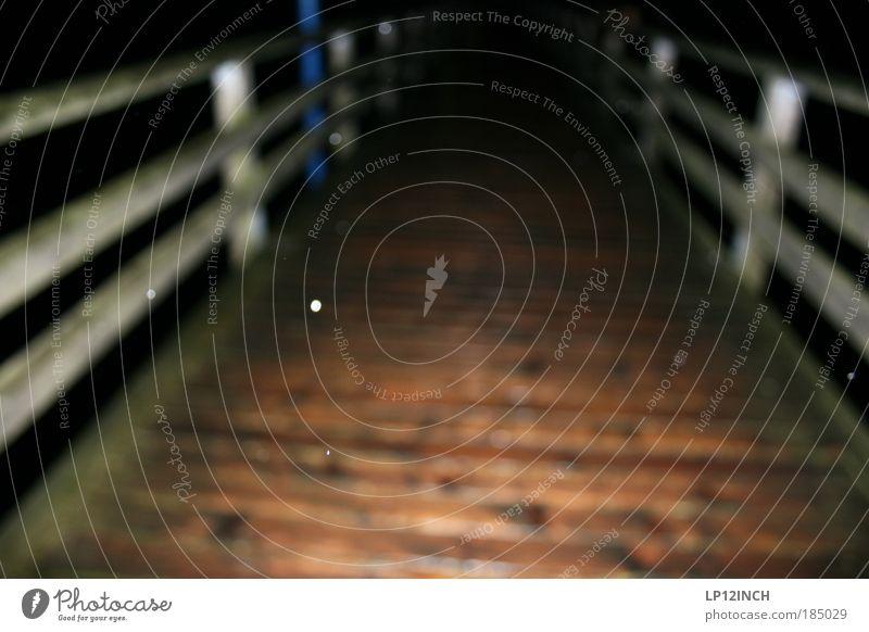 Dioptrie + 2,25 Promille blau Meer Strand Küste Holz Regen Angst gefährlich Wassertropfen Brücke Ostsee Konzentration Nachtleben schlechtes Wetter Alkoholsucht