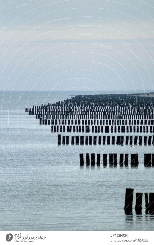 """Ihr seid doch alle """"VOLLPFOSTEN"""" Ferien & Urlaub & Reisen Tourismus Freiheit Wasser Horizont Winter Ostsee Holz blau Fernweh Kunst stagnierend Stress Teamwork"""