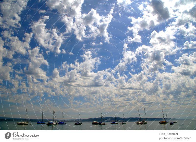 Wolken Natur Wasser Himmel blau Sommer träumen See Landschaft Luft groß Hafen Wasserfahrzeug Schönes Wetter Segelboot Jacht