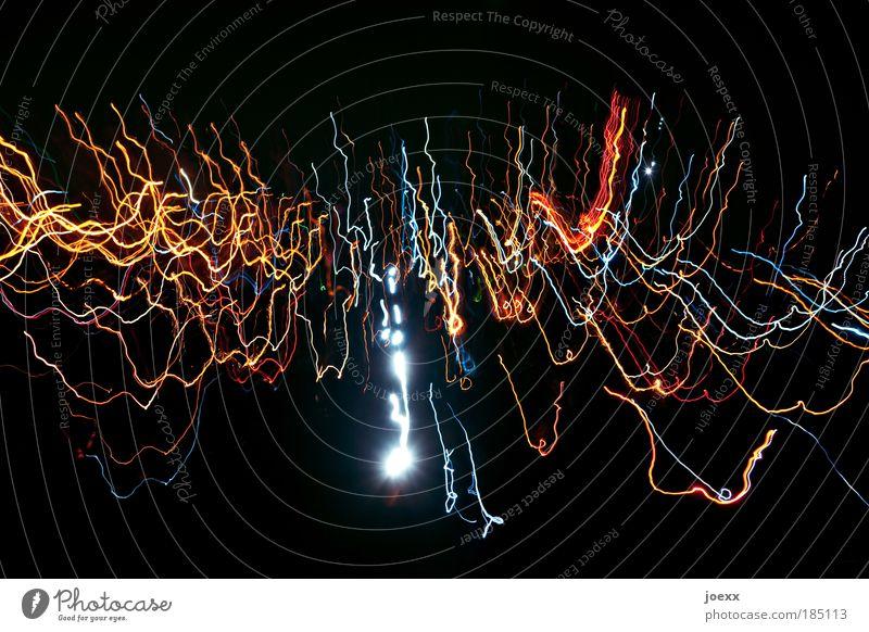 Lichtwellen Veranstaltung Show Bewegung verrückt schwarz Lichtstreifen Farbfoto mehrfarbig Experiment Textfreiraum oben Hintergrund neutral Nacht