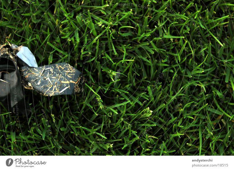 Abfall Wiese Rasen Müll Fußballplatz Klebeband