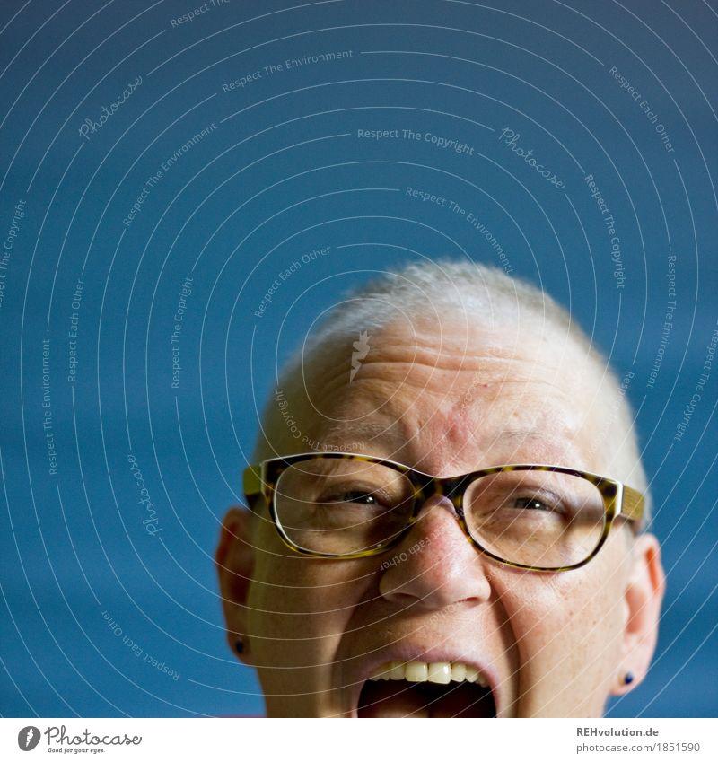 999 | schon ganz aufgeregt =D Mensch feminin Frau Erwachsene Kopf 1 30-45 Jahre Brille Haare & Frisuren Glatze schreien Aggression authentisch außergewöhnlich