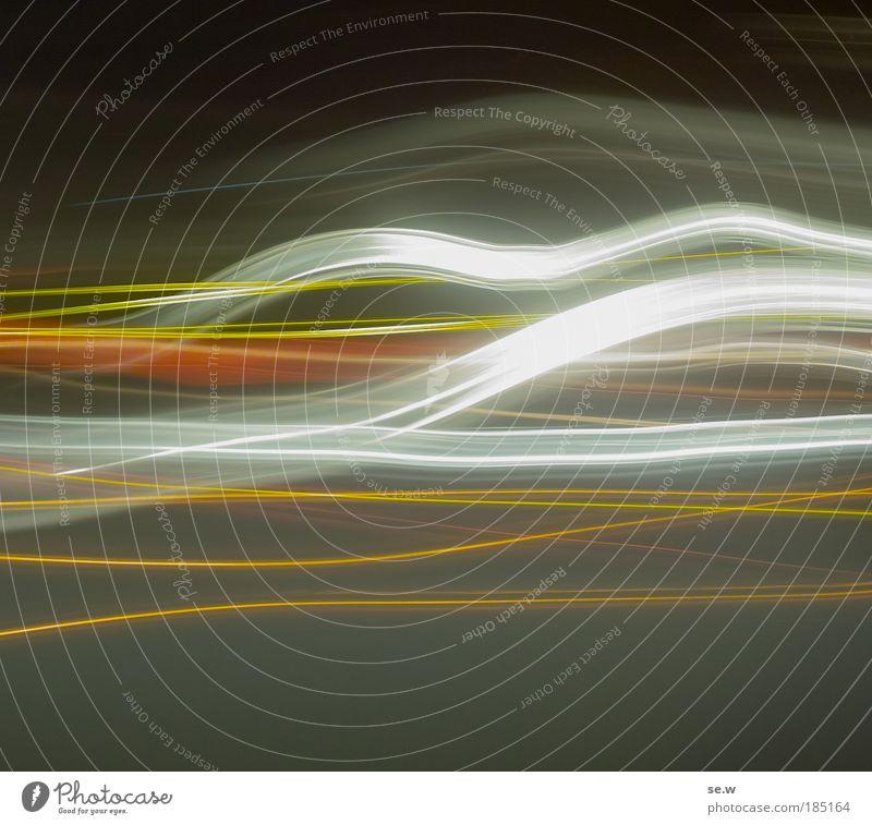 Enlightened Linie fliegen Tanzen dunkel gelb grau Bewegung bizarr Duft Energie Farbe Leichtigkeit Farbfoto Menschenleer Lichterscheinung Langzeitbelichtung