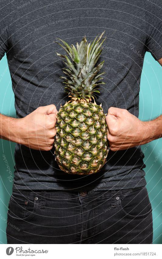 Ananas machen II Mensch Natur Jugendliche Mann Junger Mann Erotik 18-30 Jahre Erwachsene natürlich Kunst Glück Lebensmittel Frucht maskulin Kraft verrückt