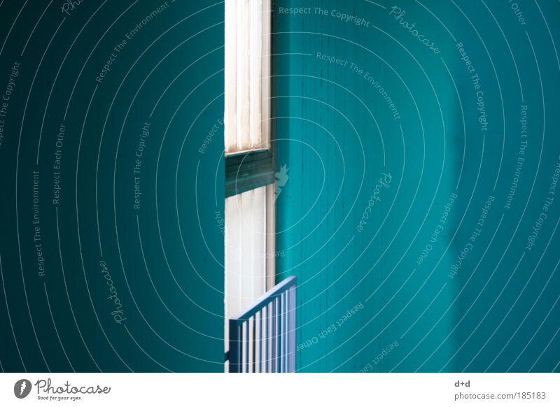 ll-l blau ruhig Haus Farbe kalt Fenster Gebäude Architektur geschlossen leer türkis Flur Fensterscheibe anonym Treppenhaus