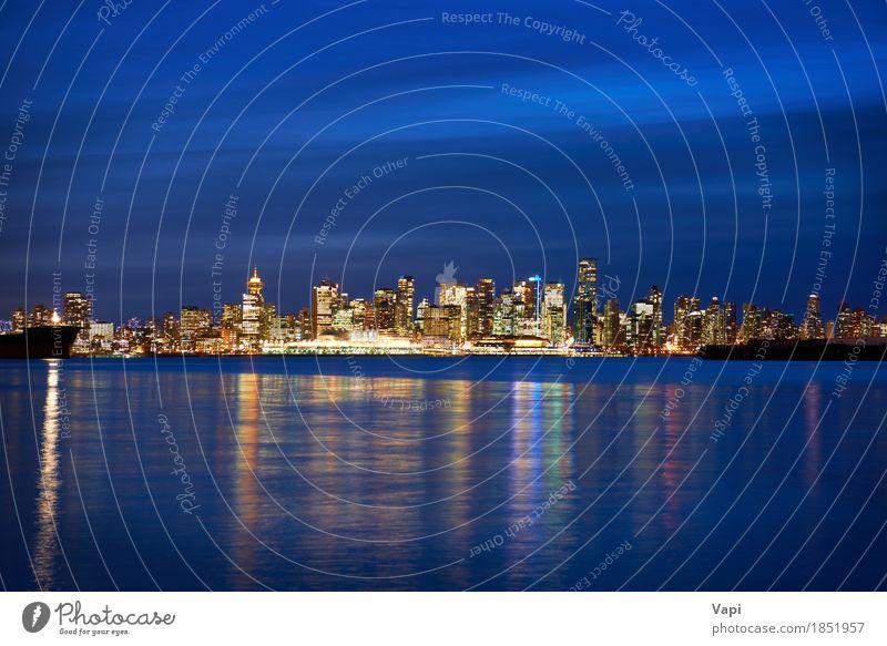 Nacht Stadt, Panorama-Szene der Innenstadt Himmel Ferien & Urlaub & Reisen blau Wasser Meer Landschaft Haus schwarz Architektur gelb Gebäude Tourismus orange