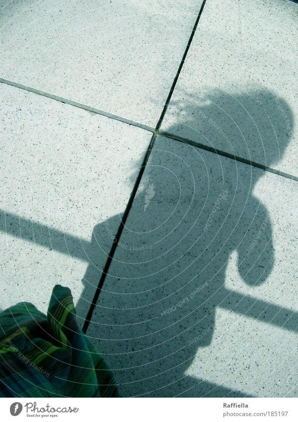 machs gut Mensch grün Einsamkeit Erwachsene feminin Gefühle Haare & Frisuren Wind gehen Arme Ausflug stehen 18-30 Jahre Sehnsucht berühren Fliesen u. Kacheln