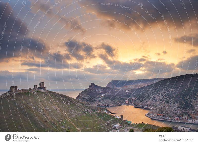 Altgriechisches Schloss auf der Küste Himmel Natur Ferien & Urlaub & Reisen alt blau Stadt Sommer grün Wasser Sonne Meer Landschaft rot Wolken Berge u. Gebirge