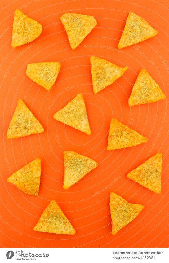 a nacho man Kunst Kunstwerk ästhetisch Fladenbrot Kartoffelchips orange ungesund Fastfood Fett Kalorie Kalorienreich Dreieck viele Snack Snackbar Farbfoto
