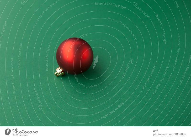 Rote Weihnachtskugel Weihnachten & Advent Dekoration & Verzierung ästhetisch rund grün rot Christbaumkugel Weihnachtsdekoration Weihnachtsgeschenk