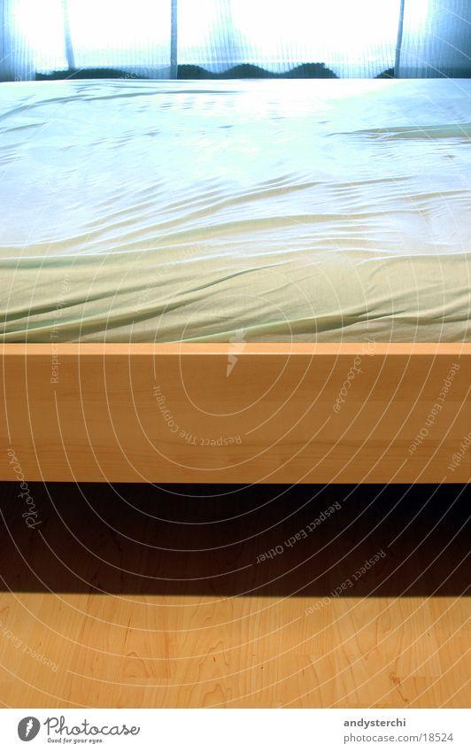 Bett Möbel Holz Parkett Fenster Überzug Häusliches Leben Bodenbelag Lichterscheinung Luftmatratze