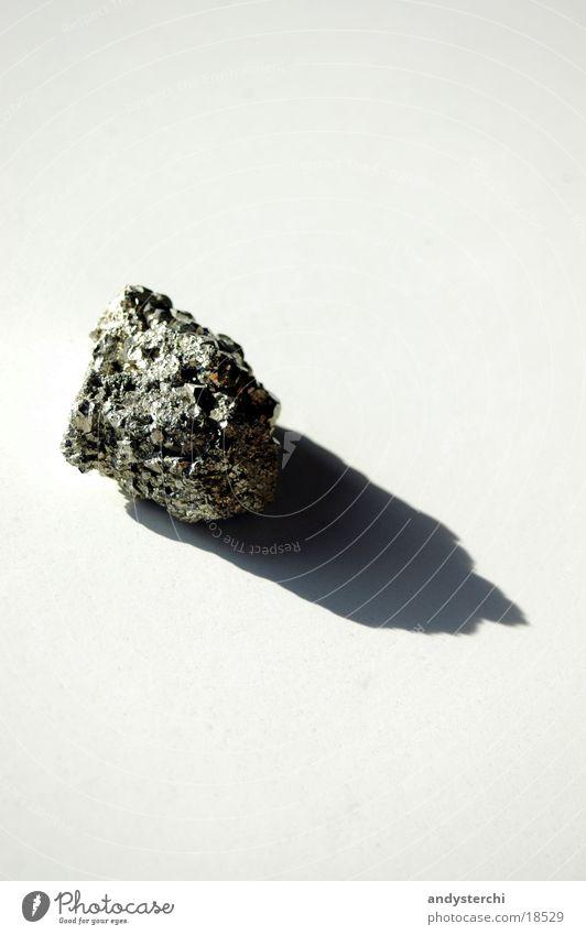 Katzengold weiß gelb Stein glänzend Dinge Mineralien Pyrit